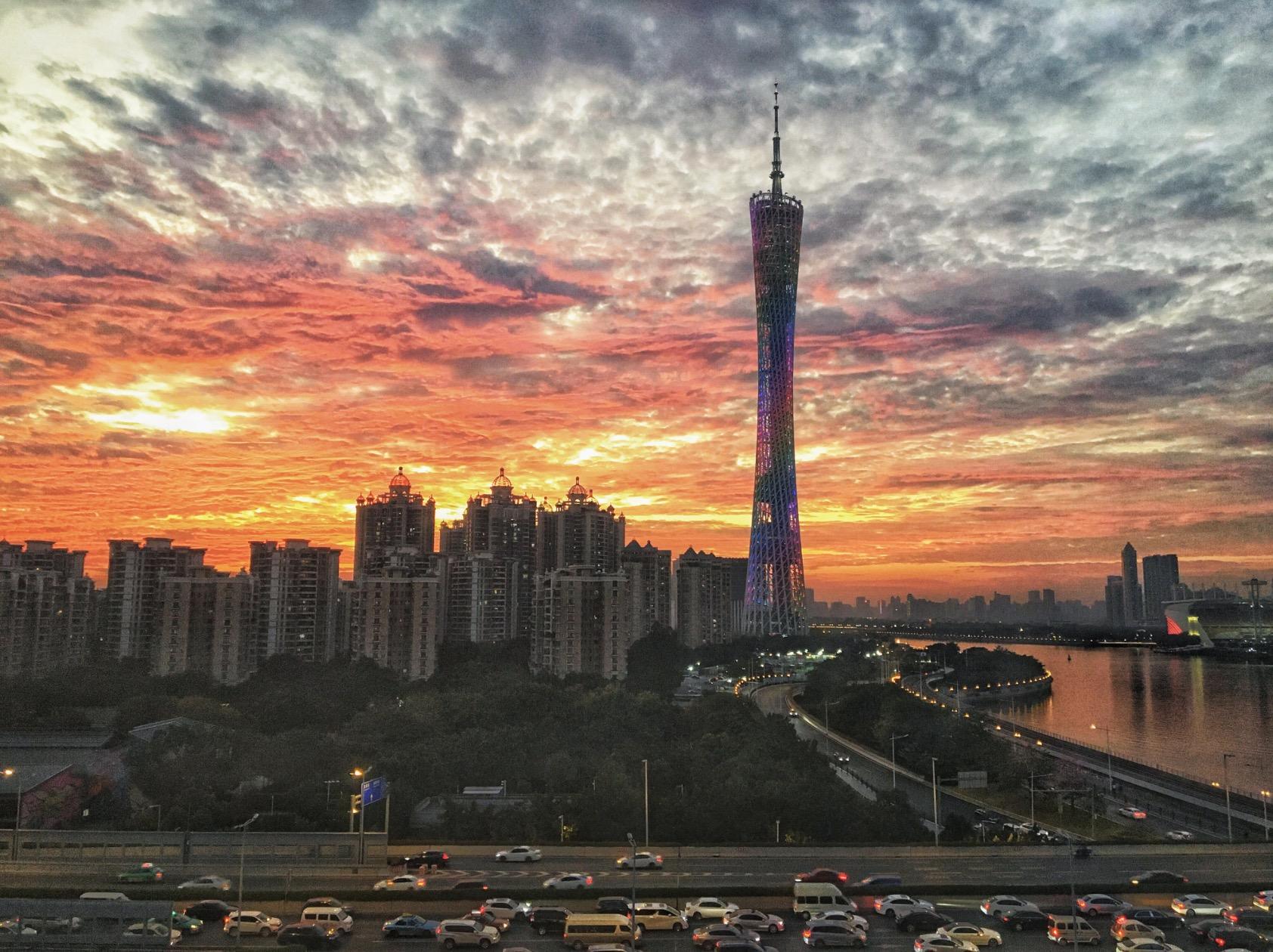 广州新白云机场航班_6月,哪些好照片登上了广州日报